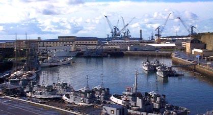 Untitled document - Surplus militaire brest port de commerce ...